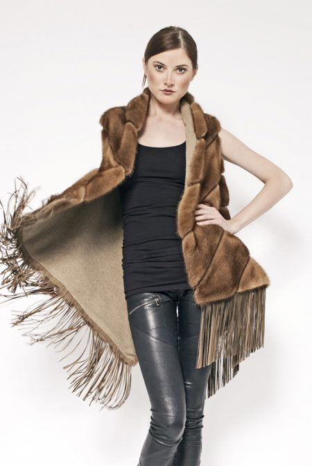 Cashmere/mink reversible vest with leather fringes - cod. 17/50