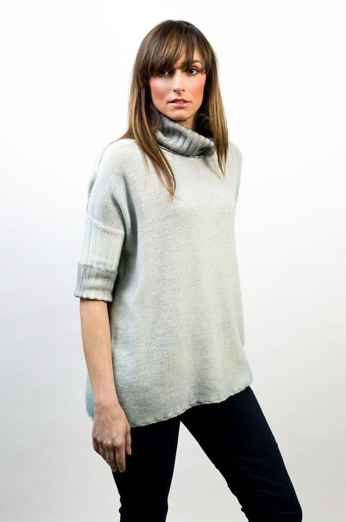 Knit Turtle Neck Over Two Colors Reversible - cod. T309