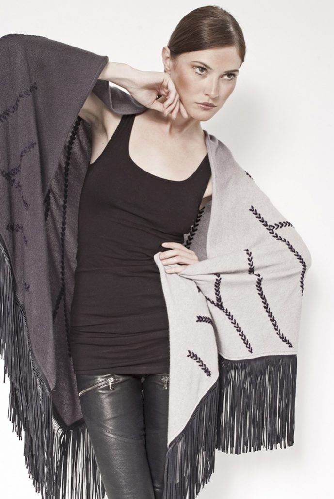 Gipsy shaded cashmere shawl with embroidery and leather fringes - cod. 13/60