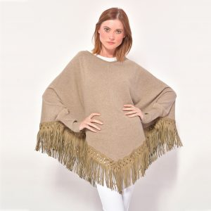 cod. 12/30 –color Camel – Cashmere poncho with fantasy leather fringes