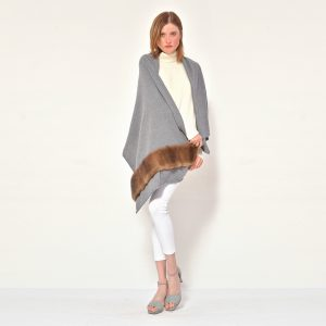 cod. 20/26 – color Iron – Cashmere scarf with mink on one side