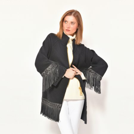 cod. P105 – color Black – Coat in cashmere with fantasy leather fringes