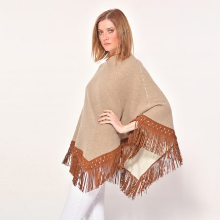 cod. P111 – color Dune/Arpa - Poncho in cashmere double with fantasy leather fringes