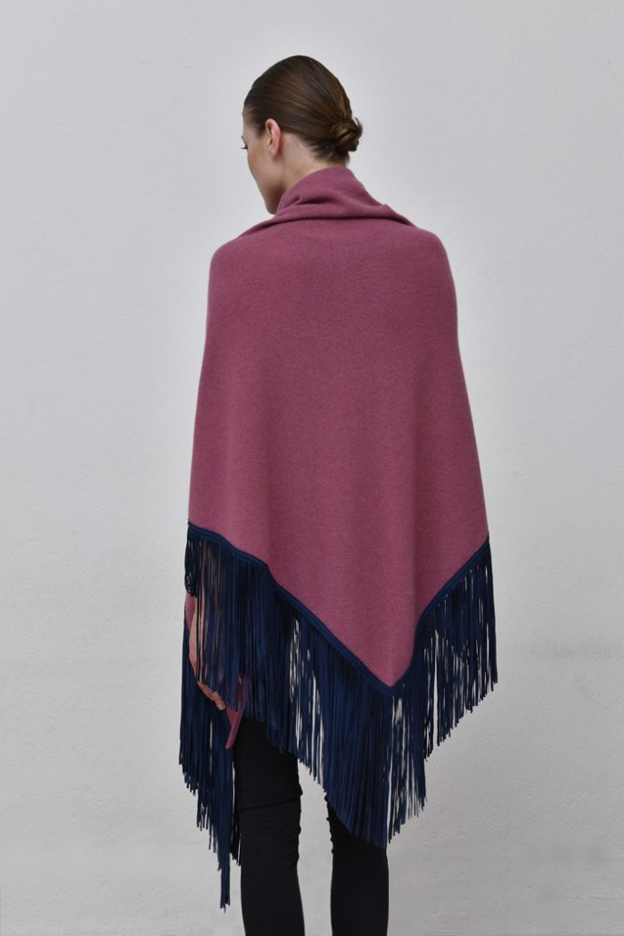 Cod. 13/18 – color Samye – Gipsy cashmere shawl with color Blue suede fringes